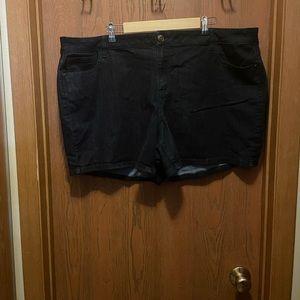 Gently used Lane Bryant 24 Dark Denim Jean Shorts!